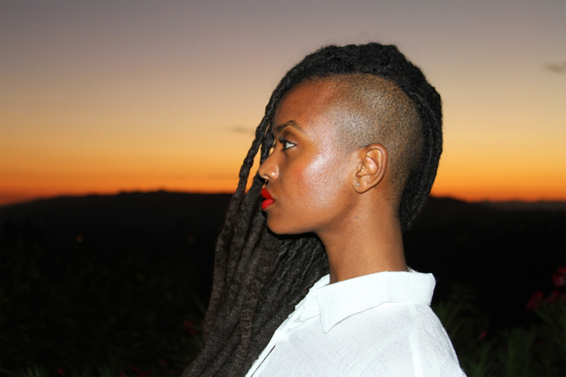 http://www.katie-miller.net/files/gimgs/th-1_kelela final web1.jpg